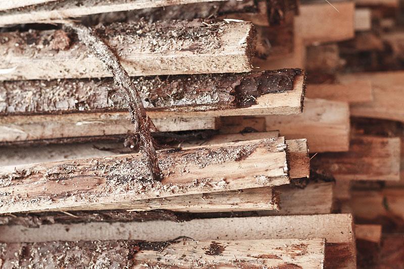 Naturbelassenes Holz aus der Region