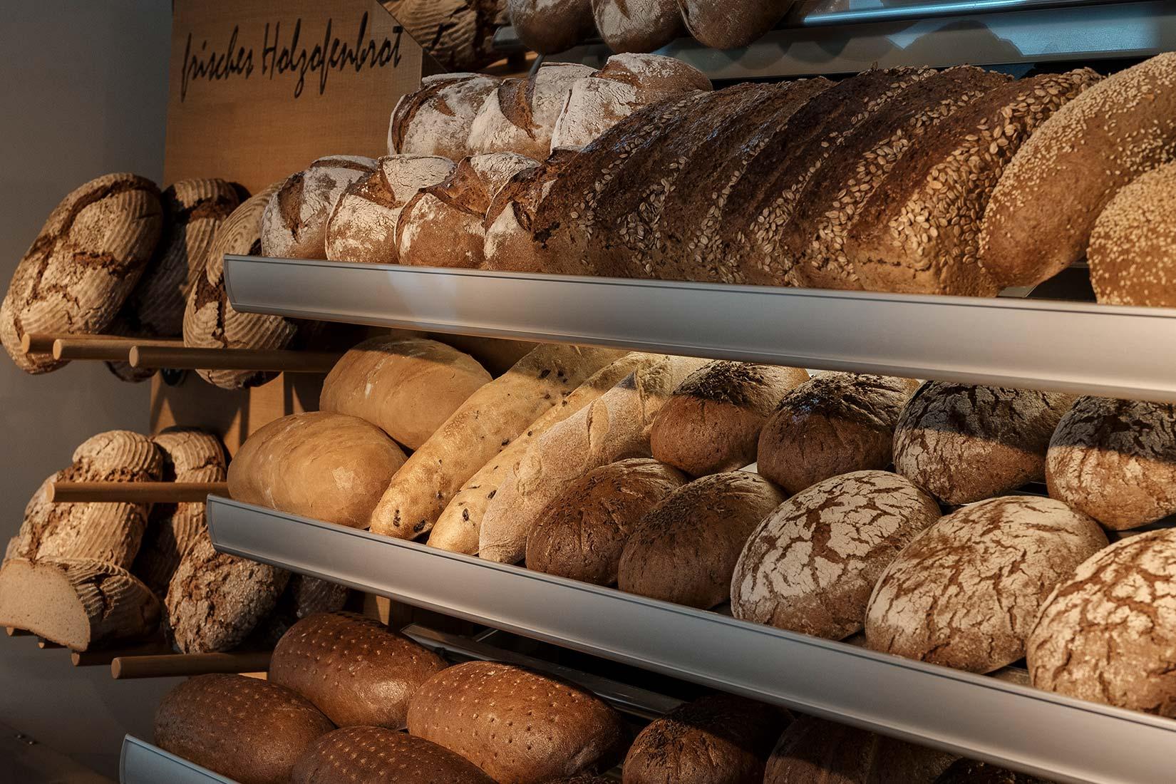 Brot und Backwaren frisch aus dem Ofen